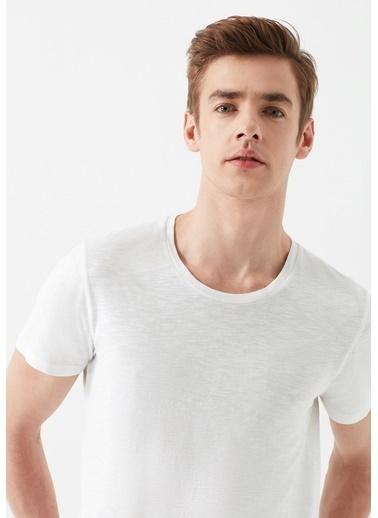 Mavi Erkek  Basic Tişört 064681-620 Beyaz